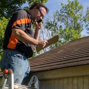Guide de base, étape par étape, sur la façon de refaire les bardeaux d'un toit